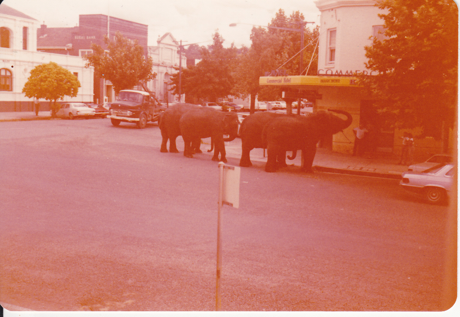 CIRCUS IS IN TOWN -OUTSIDE COMMERCIAL HOTEL LATE 1977